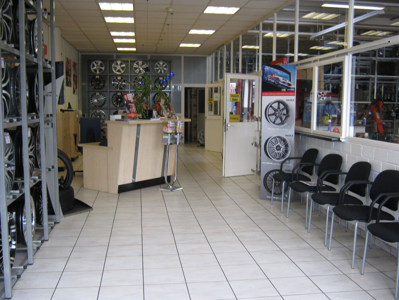 Reception area and rims showroom