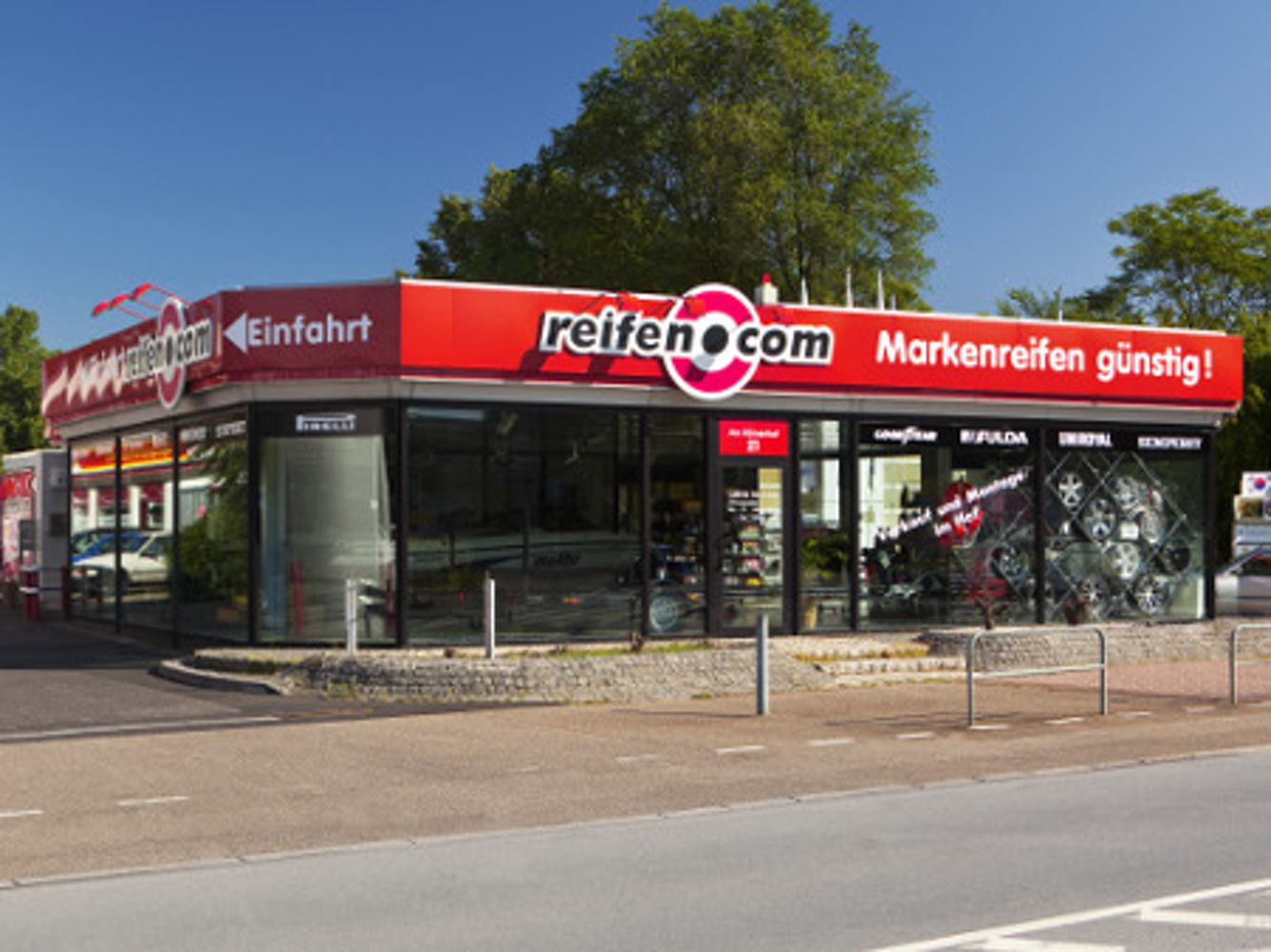 reifen.com-branch in Frankfurt Bockenheim