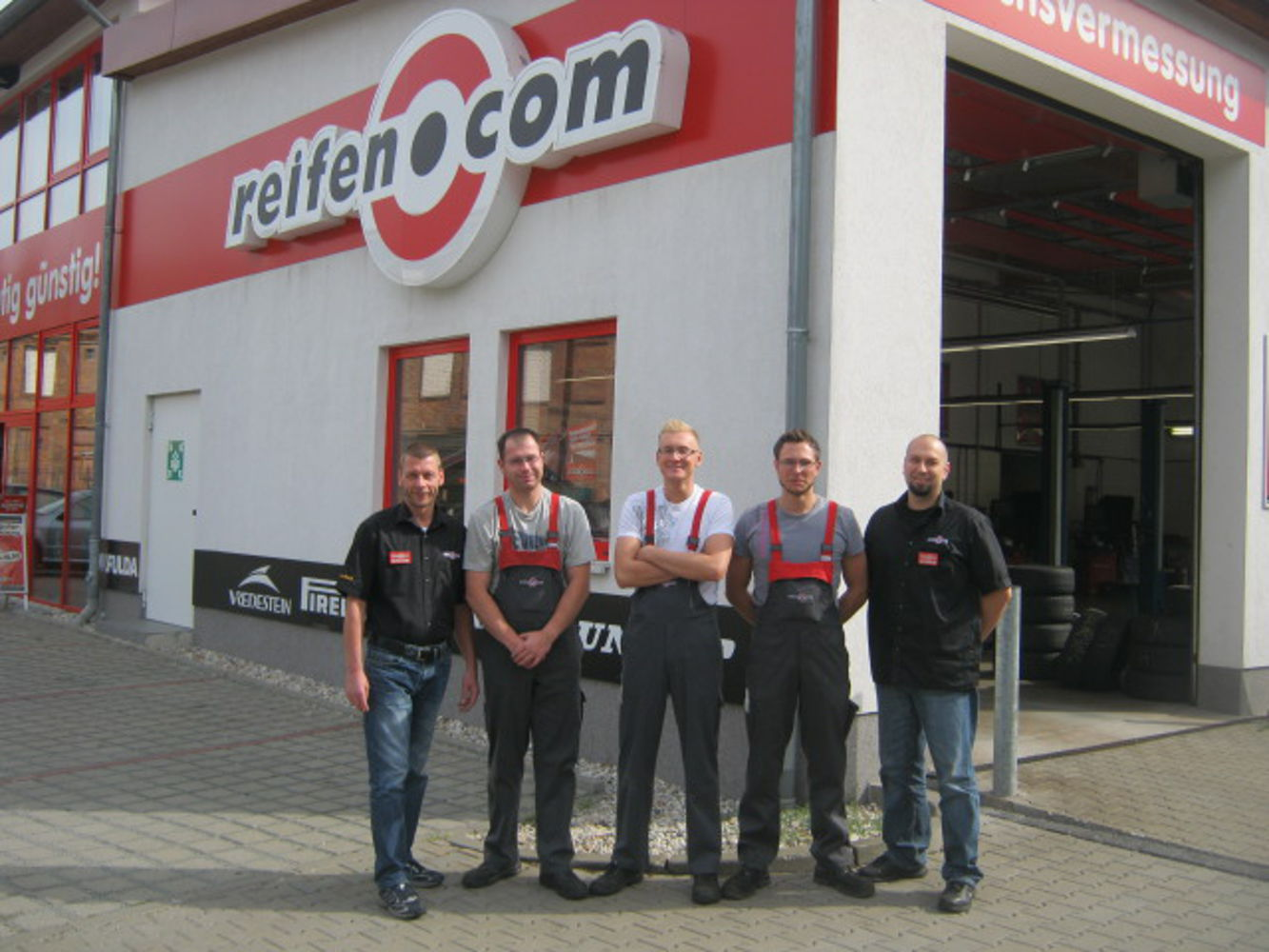 Our reifen.com-team in Berlin Weißensee