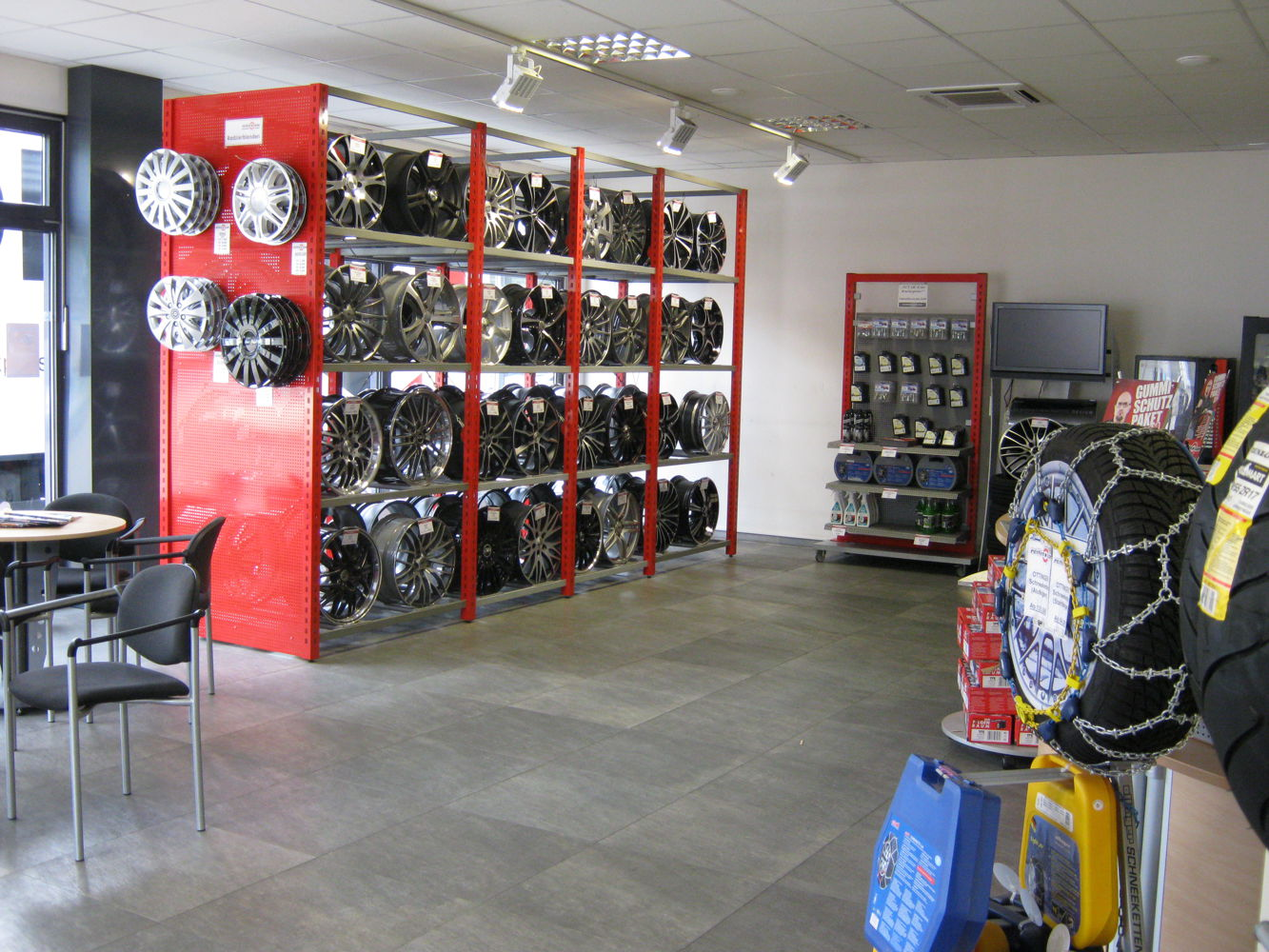 Alloy wheels exhibition