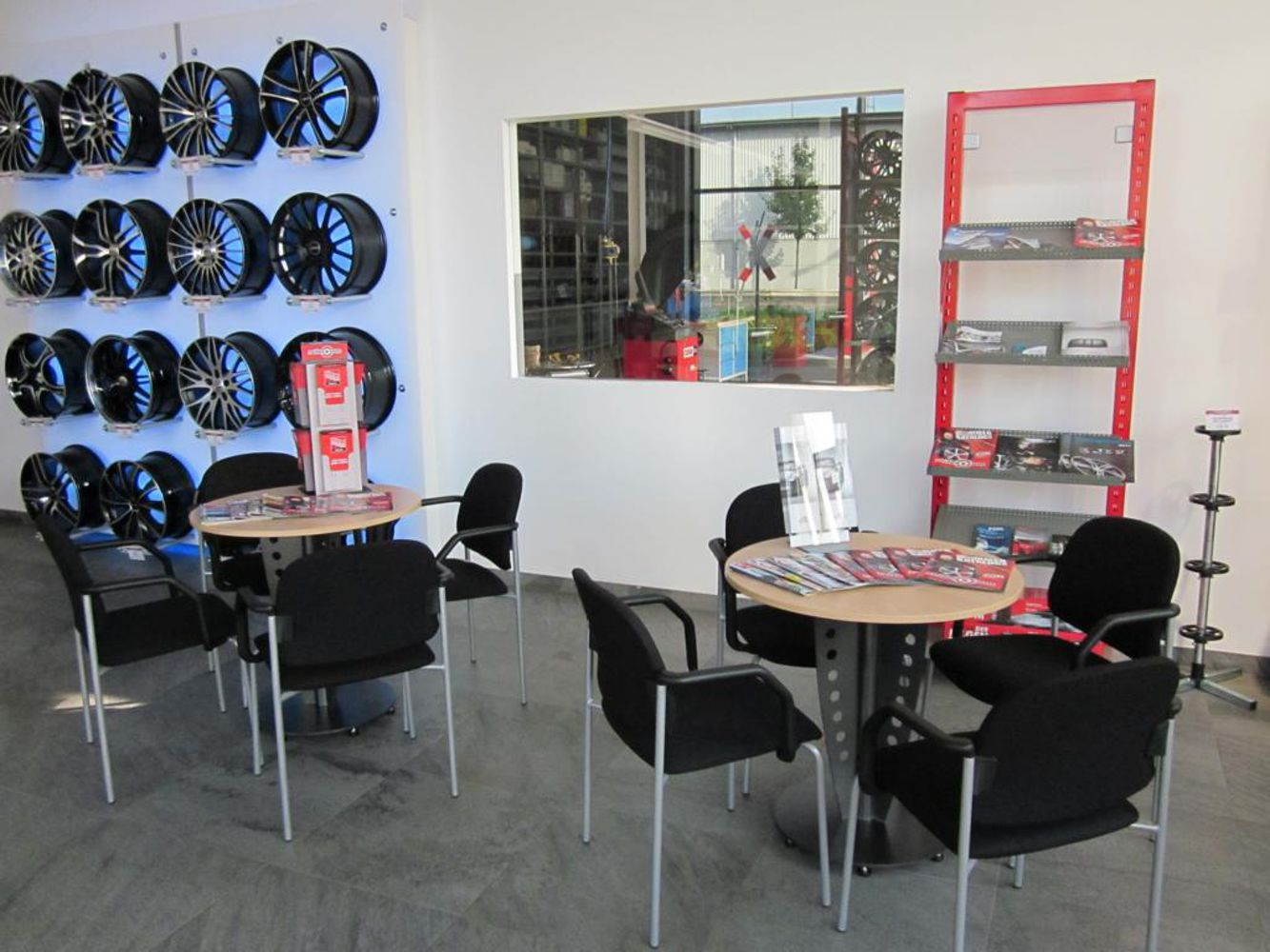 Waiting area and rims showroom
